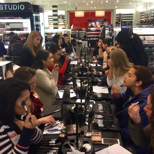 contouring and highlighting beauty class at sephora
