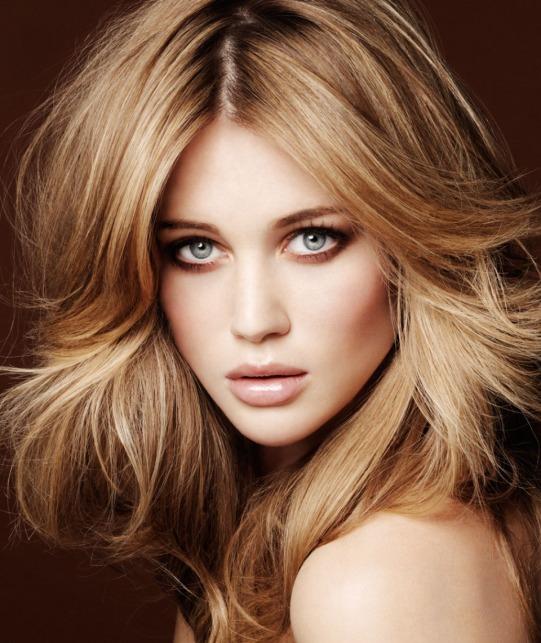 Blowout Hair Style.jpg