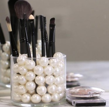 Brushes with Pearls